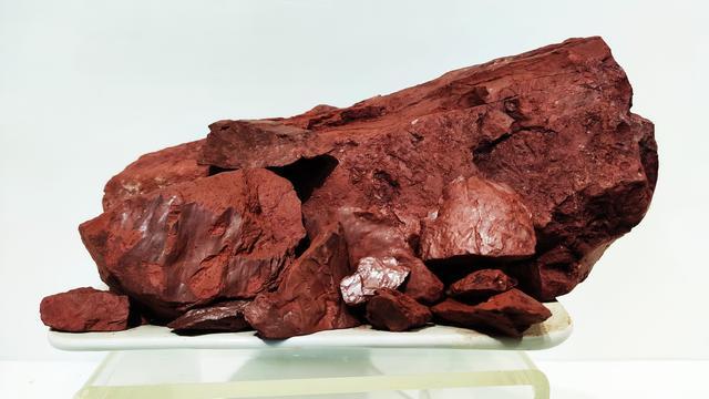 紫砂壶什么砂质的最好?是老紫泥,还是朱泥,还是大红袍泥,还是天青泥?