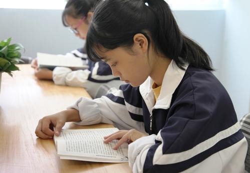 """很多时候孩子都在""""假装努力"""",伪勤奋盛行,家长们需要注意了"""