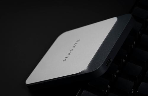 科技最前沿的速度体验  希捷Seagate Fast PSSD移动固态硬盘测评