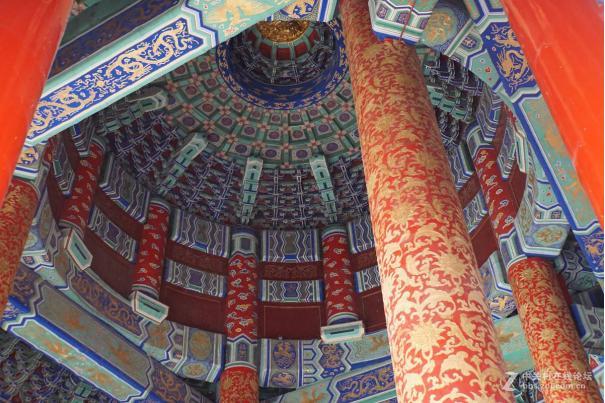 天坛祈年殿中有4根高19。2米,地面直径为1。2米的龙井柱,四根龙井柱的周长是多少米?