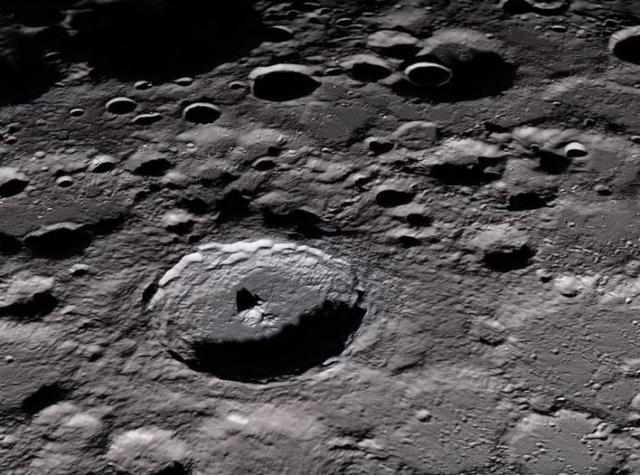 NASA 2024重返月球任务遭遇严重的资金麻烦