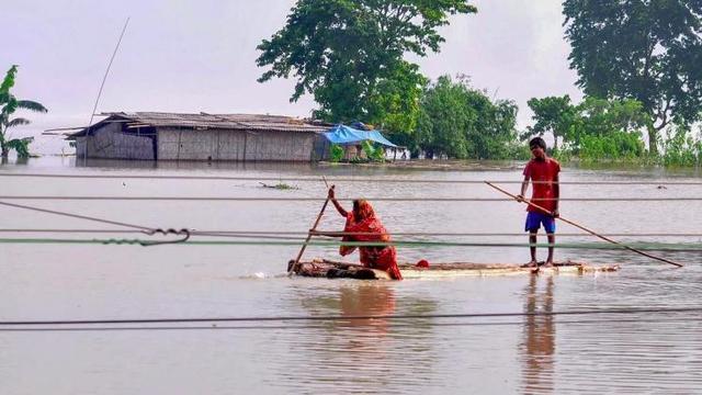 印度阿萨姆邦洪水持续 造成214万人受灾 51人死亡
