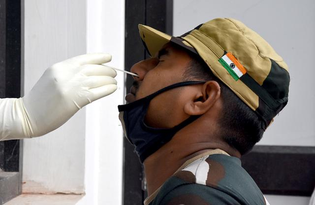 印度边境安全部队101人确诊感染新冠肺炎
