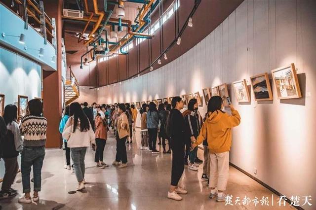 江汉大学和武汉工业学院哪个好啊