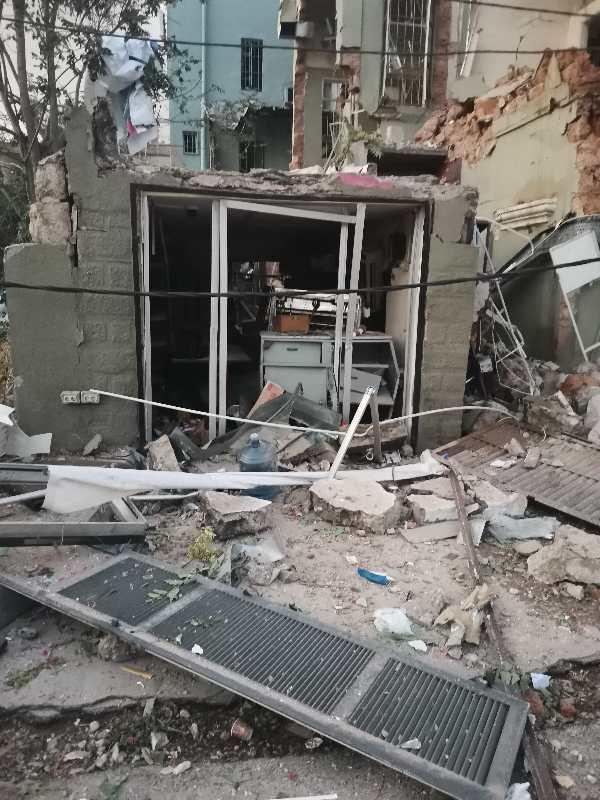 黎巴嫩爆炸亲历者:看着我的邻居失去一切