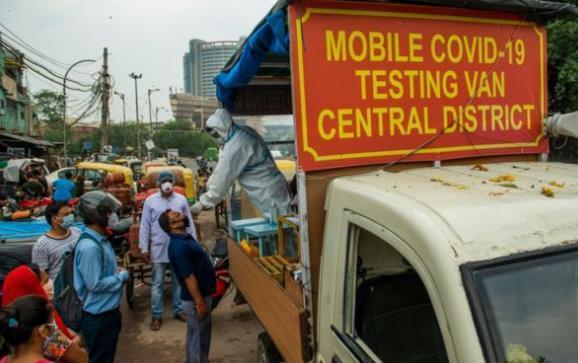 印度20天内猛增100万确诊病例 英媒:速度快过美国和巴西
