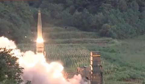"""美国刚""""松绑"""",韩国就试射新型弹道导弹,还首次透露一项计划"""