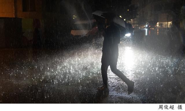 强对流天气来袭!上海发布雷电大风黄色预警,今晚这些地方将出现8到10级雷雨大风