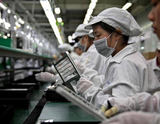 富士康开始大规模招聘iPhone12组装线员工