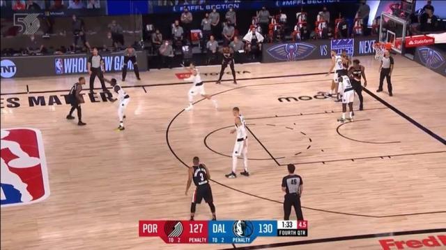 【影片】追平生涯紀錄的一球!Lillard超遠三分彈到天上後落袋,這球太不講理了!-籃球圈