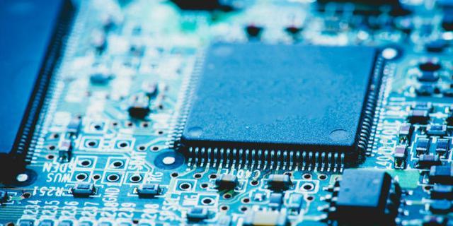 华微电子:国外半导体芯片供应链紧张 应加紧突破工业、汽车芯片自主化