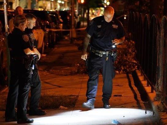纽约枪支暴力激增 过去24小时40人卷入枪击事件