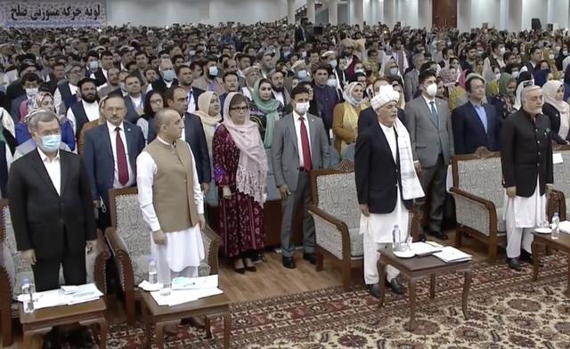 压力下阿富汗政府决定释放争议塔利班囚犯,内部谈判有望近期举行