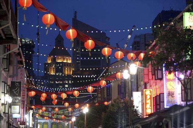 在香港读书,去新加坡旅游再从马来西亚返程的签证如何办理?急