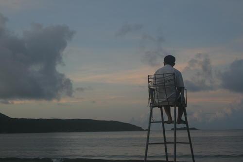 为什么要读《百年孤独》?因为你的生活除了无趣,只剩每日的孤独