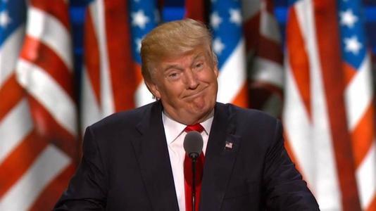 美国大选白热化,特朗普曝奇葩言论:我要是输了,你们全去学中文
