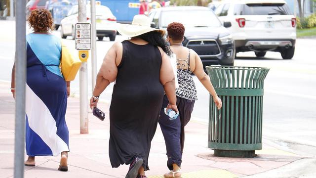 疫苗对1亿多美国人可能无效?美媒:肥胖症或成为新冠帮凶