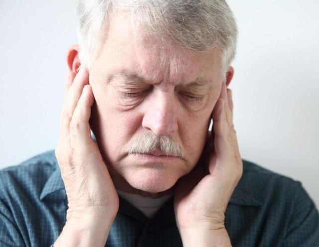 男性7个衰老表现,哪个最难忍受?若没超过3个,