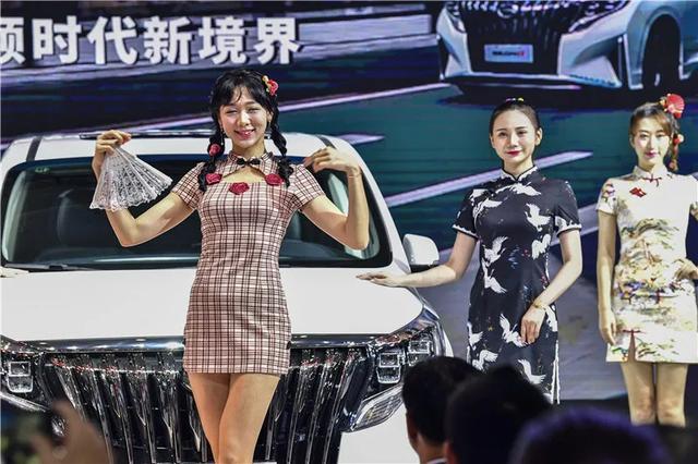 来了!华中国际车展现场快报,800辆新车亮相,优惠力度真不小