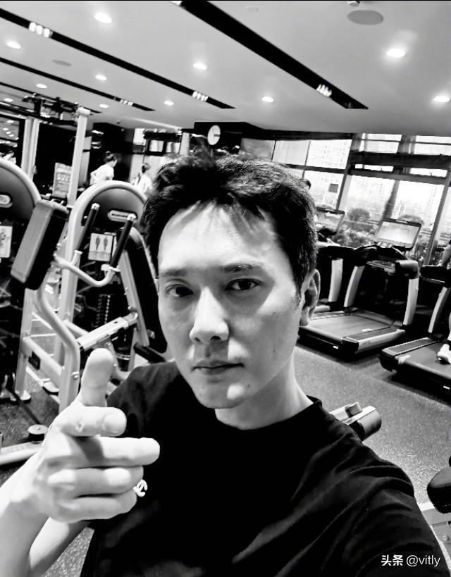 冯绍峰前两天胖的时候都来拍我,这两天减下来了没人拍了,闹心