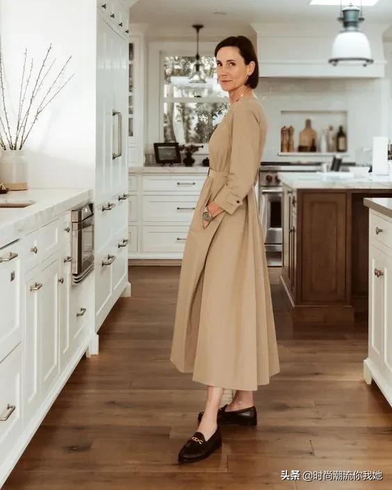 衬衫裙:让普通的造型更高级