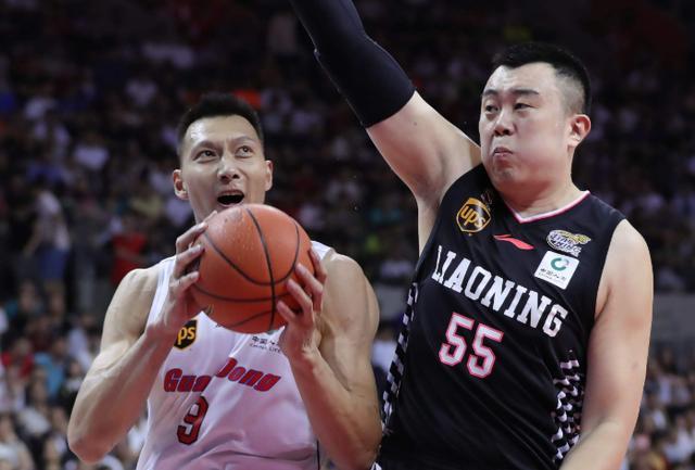 马布里都看不下去了,CBA总决赛一边倒,广东队今夜就要捧杯?