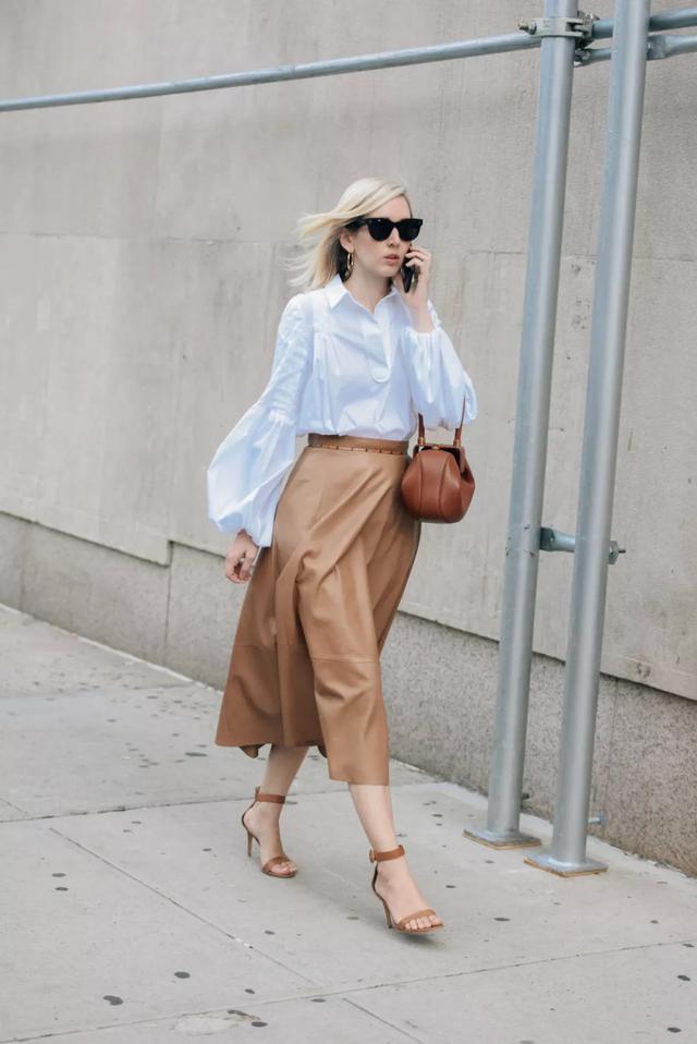 摆弄好中性色,穿衣更好看,时尚达人们都爱这样搭