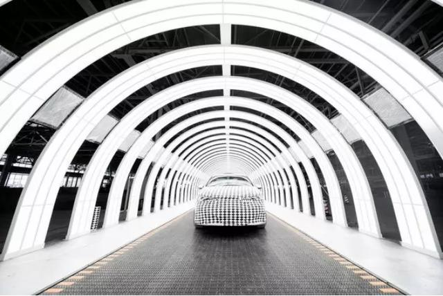 2545台机器人,1分钟造1辆车,恒大许家印的智能造车工厂首次曝光