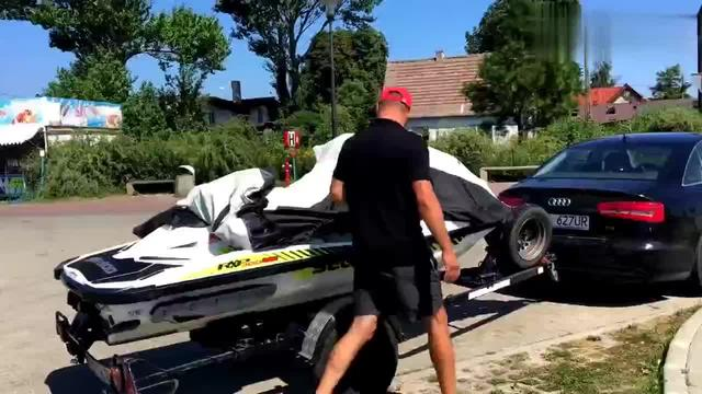 摩托艇多少钱一台(摩托艇价格表)