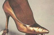 轮滑高跟鞋,你是否敢穿?