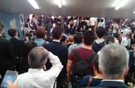 日本的地铁有多挤,看完图片后你们还想去日本吗