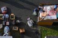 """在""""孤独之国""""日本,清理死者遗物成了一个热门产业"""