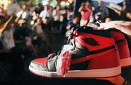 一双球鞋从1元涨到3万只用了两小时!炒鞋真能发家致富吗?