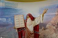 上帝选他做摩西的口舌,亚伦——以色列的第一位大祭司