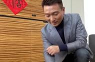 新闻联播主持人康辉老师的第一支vlog,来看央视主持人的日常吧!
