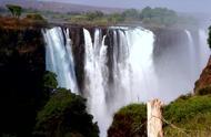 """壮丽的维多利亚瀑布,为何被称为非洲的""""黄脸婆""""?来一探究竟!"""