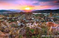 指环王中的魔幻风景,中国也有,最魔幻的自然景区你知道在哪么?