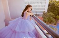 关晓彤紫色纱裙,美到发光,梦幻和少女感尽收囊中