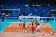 军运会中国队首场比赛开打,八一女排对阵美国女排
