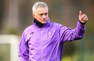 穆里尼奥首次主持球队训练,暗讽曼联切尔西的青训体系
