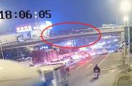 无锡高架垮塌最新消息:直接原因可能为货车超载