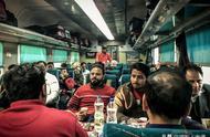 体验印度火车一等座实拍:车厢虽然破旧,服务却堪比飞机头等舱