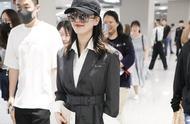 刘诗诗的状态是穿出来的,一件西装款的风衣显大气优雅,安排了
