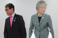 """韩日双方""""互相拉黑"""":上午日本内阁把韩国排除出""""白名单"""",下午韩国就反击"""