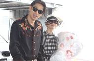 林志玲与老公黑泽良平婚后首次亮相,手挽手甜蜜现身机场