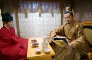 鹤唳华亭:皇帝对太子的爱很深沉;皇帝对太子在情感上有依赖情节