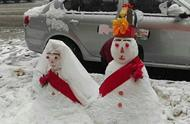 """辣眼睛!大雪后网友参加堆雪人""""锦标赛"""",一件比一件奇葩"""