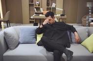 《亲爱的热爱的》李现黑色衣服太酷了,禁欲系老男人,太有范儿