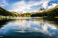 瑞士湖景房只卖6.9元!在北京一个厕所的价格足够买下整个小镇