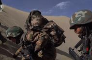 训练标准一点不比男兵低,女子特战队员展开魔鬼式训练,看了心疼